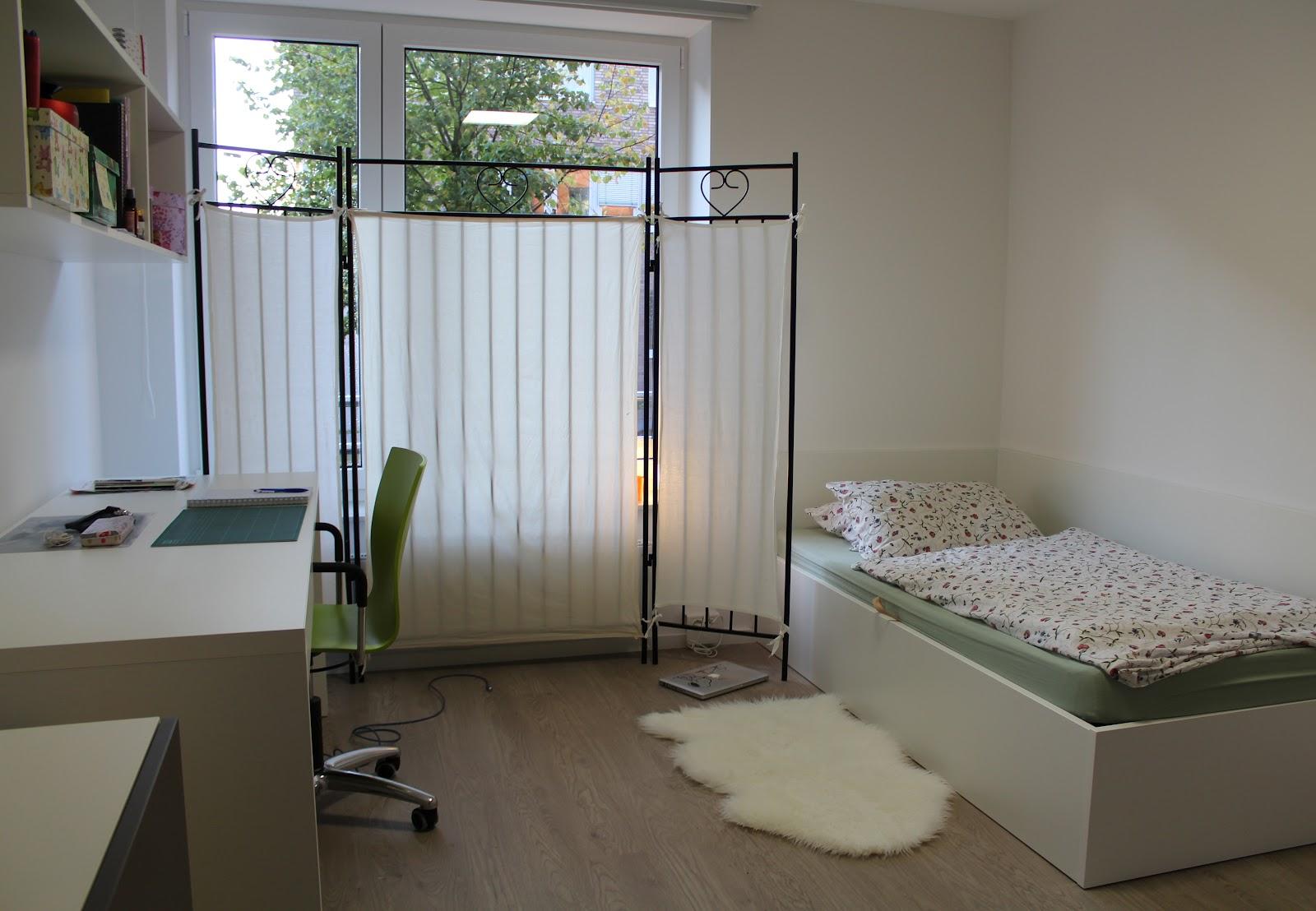november campus viva. Black Bedroom Furniture Sets. Home Design Ideas