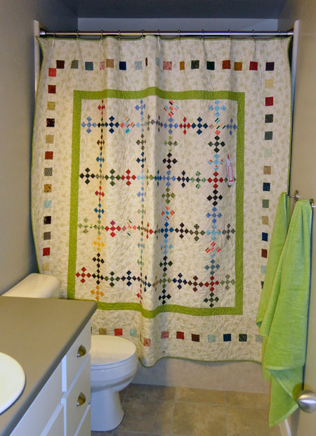 Magpie Quilts: Decorating With Quilts