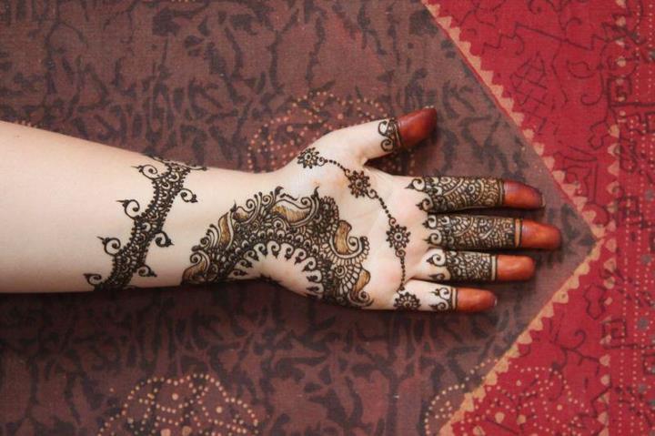 Eid Mehndi Design bangle 2012 for girls