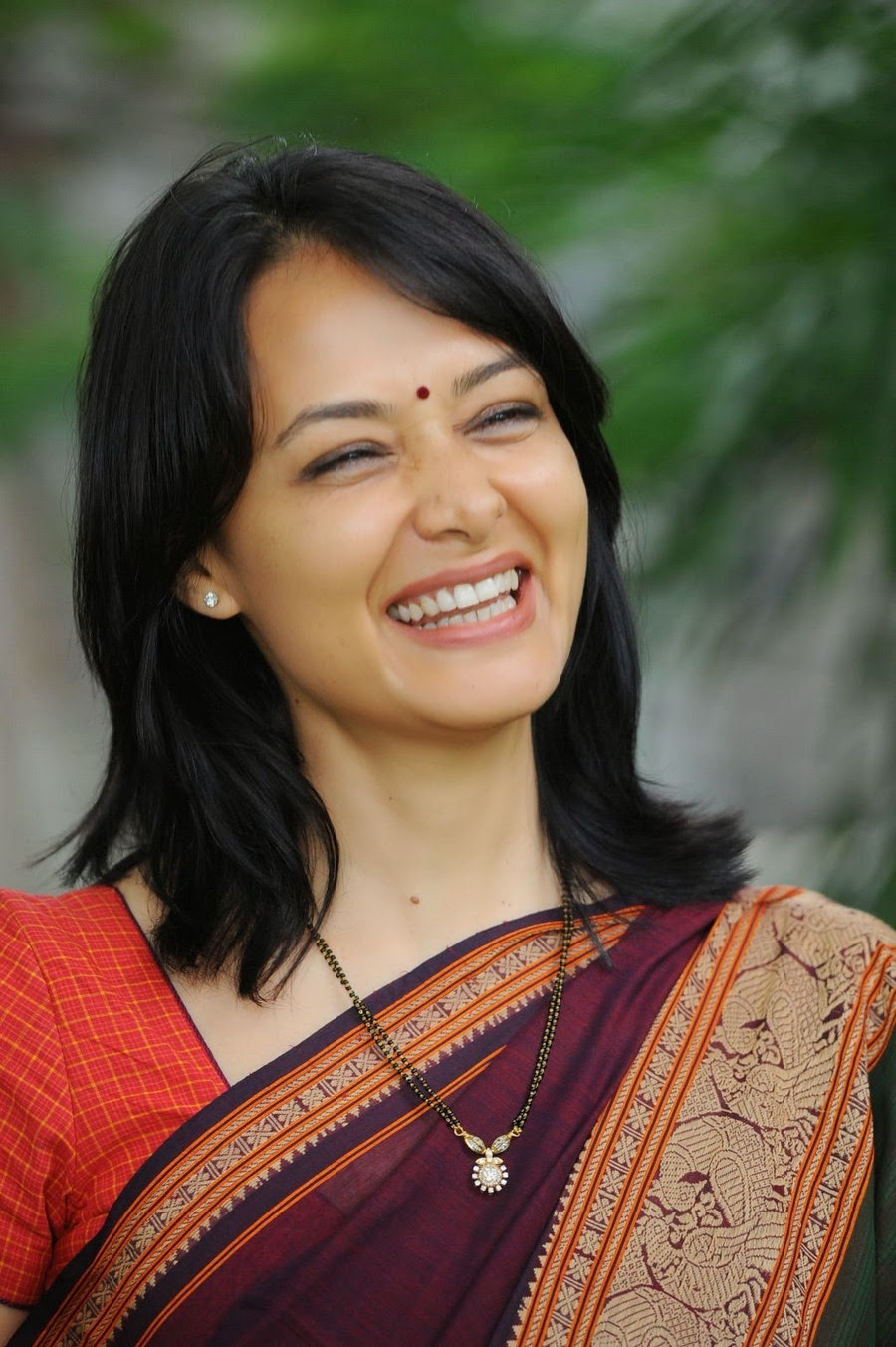 Amala Akkineni Net Worth