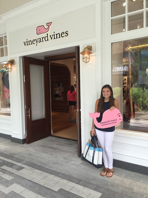 Vineyard Vines Chicago Anchors and Pearls