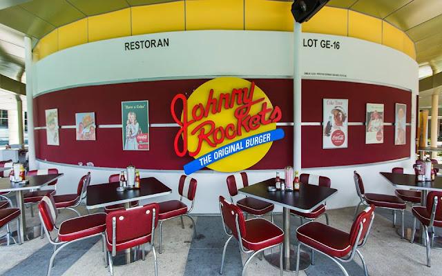 Sambut Birthday Sepupu di Johnny Rockets, IOI Mall Putrajaya
