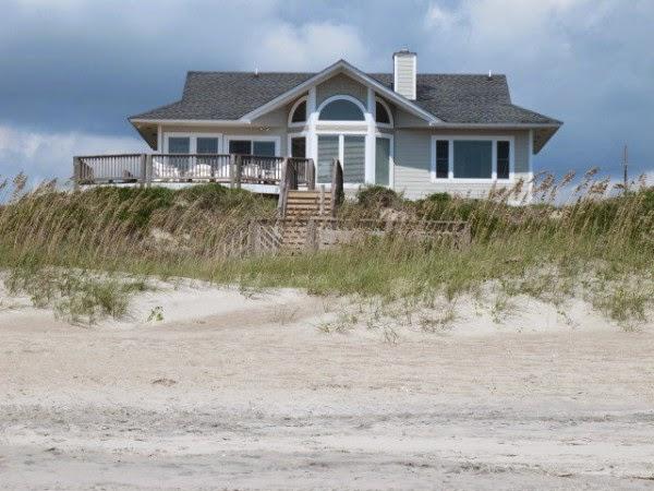 Strandhaus direkt hinter den Dünen