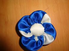 Flores com tecidos