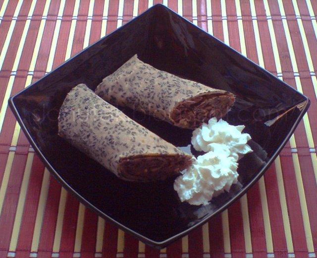 Palačinke od heljdinog brašna sa slatkom pastom od azuki graha (C) Enola Knezevic 2012