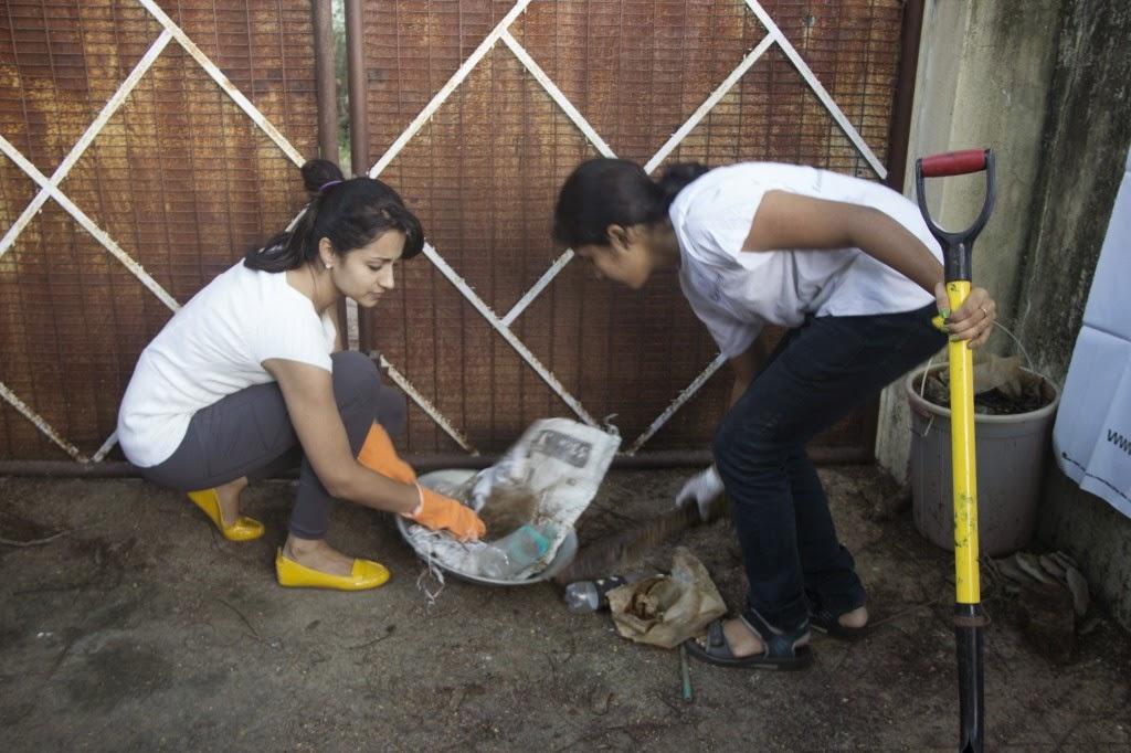 TRISHA SWACCHA BHARAT - CLEAN INDIA PICS