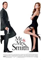 Sr. y Sra. Smith<br><span class='font12 dBlock'><i>(Mr. & Mrs. Smith)</i></span>