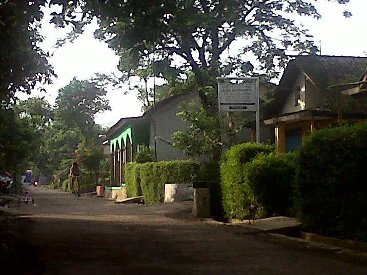 salah satu jalan di desa Pruwatan