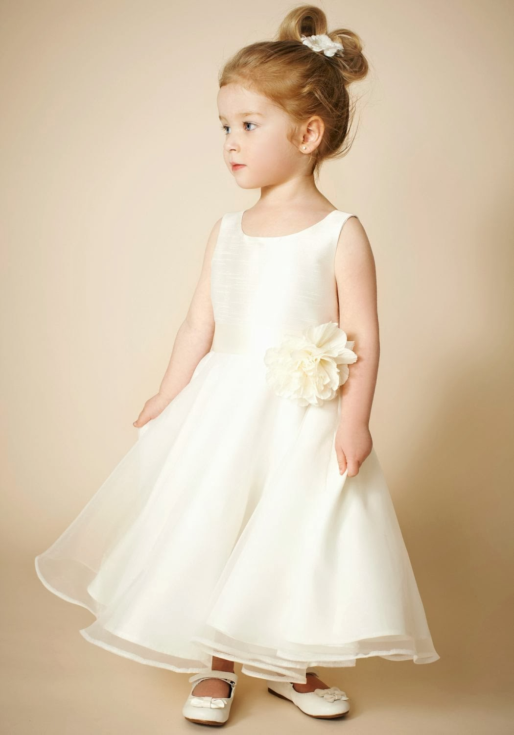 Wedding Dresses For Childrens In : Childrens wedding gowns ocodea