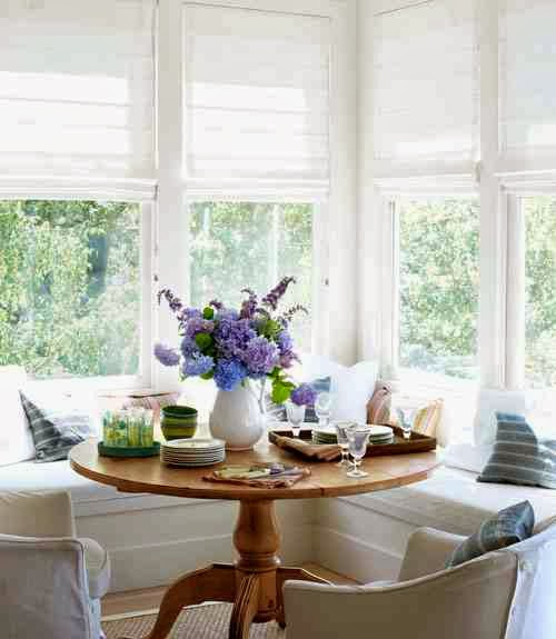 Dining Breakfast Nook Country Round Table Bay Windows Bench Banquette
