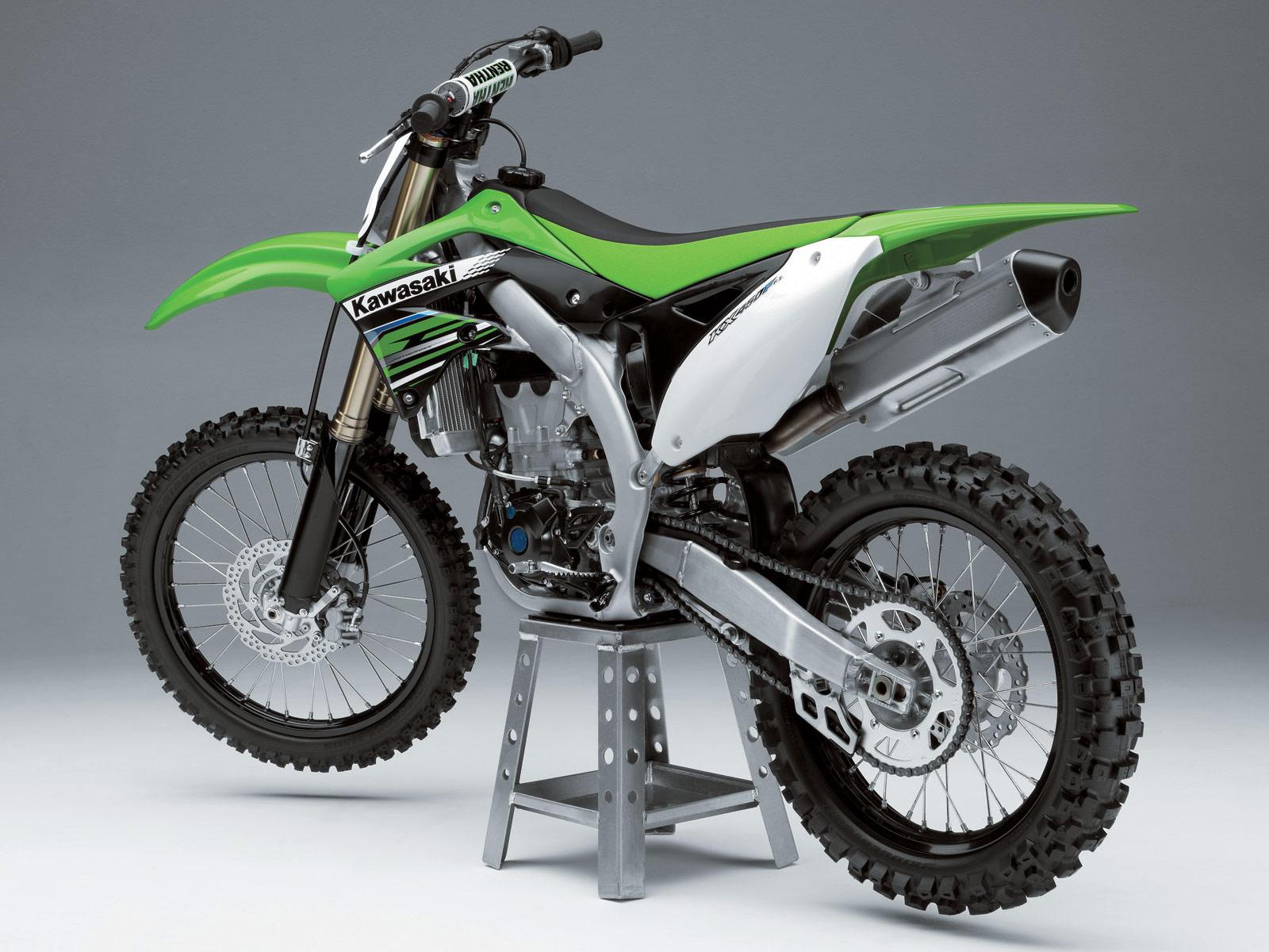 http://1.bp.blogspot.com/-LMQ5fSURaF0/TsgyiTp4_rI/AAAAAAAAJrE/aKZeZYm3hqw/s1600/2012-Kawasaki-KX450F_motorcycle-desktop-wallpapers-1.jpg