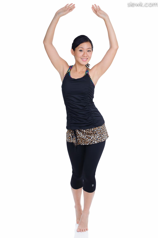 joanna soh sportswear female clothing photographer studio selangor