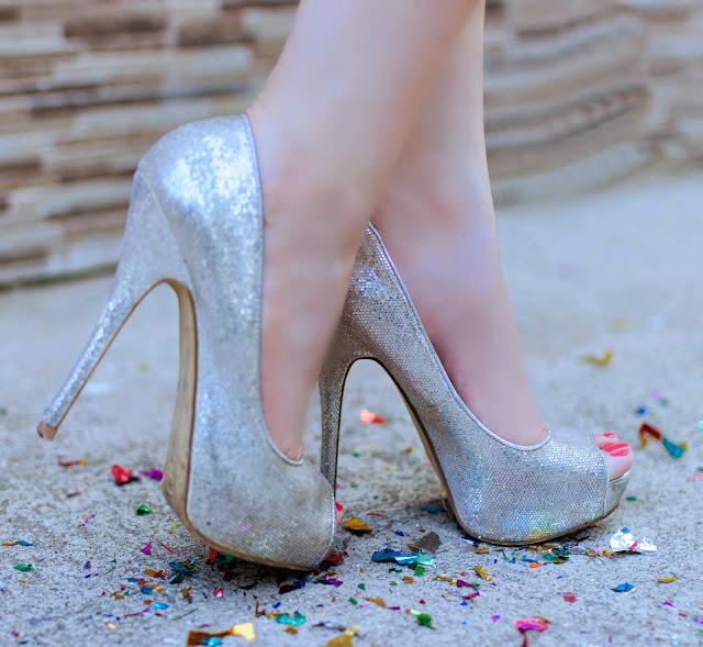 Aldo Silver Glitter Peep-toe heels
