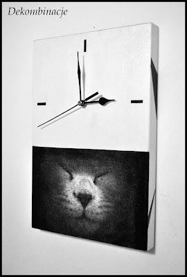 zegar z kotem