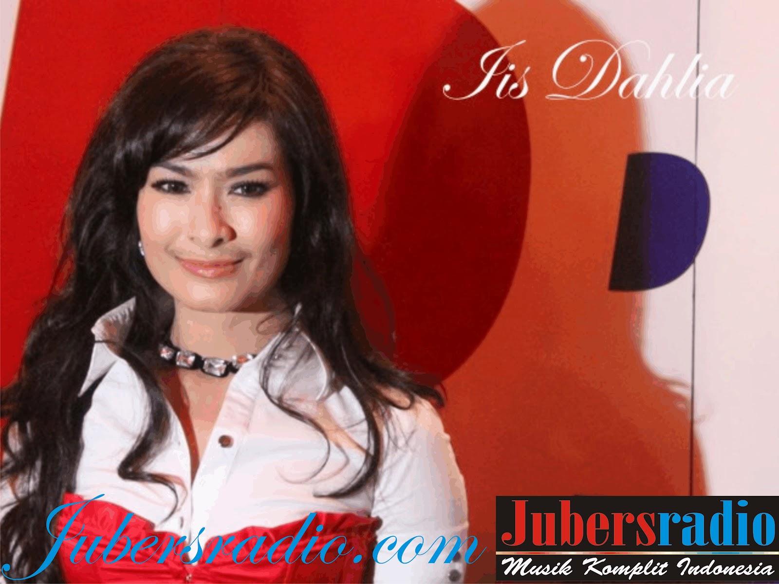 Foto Seksi IIS Dahlia Penyanyi Dangdut Fulgar