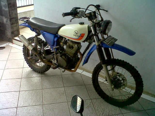 Modifikasi Motor Honda GL 100 Jadi Trail