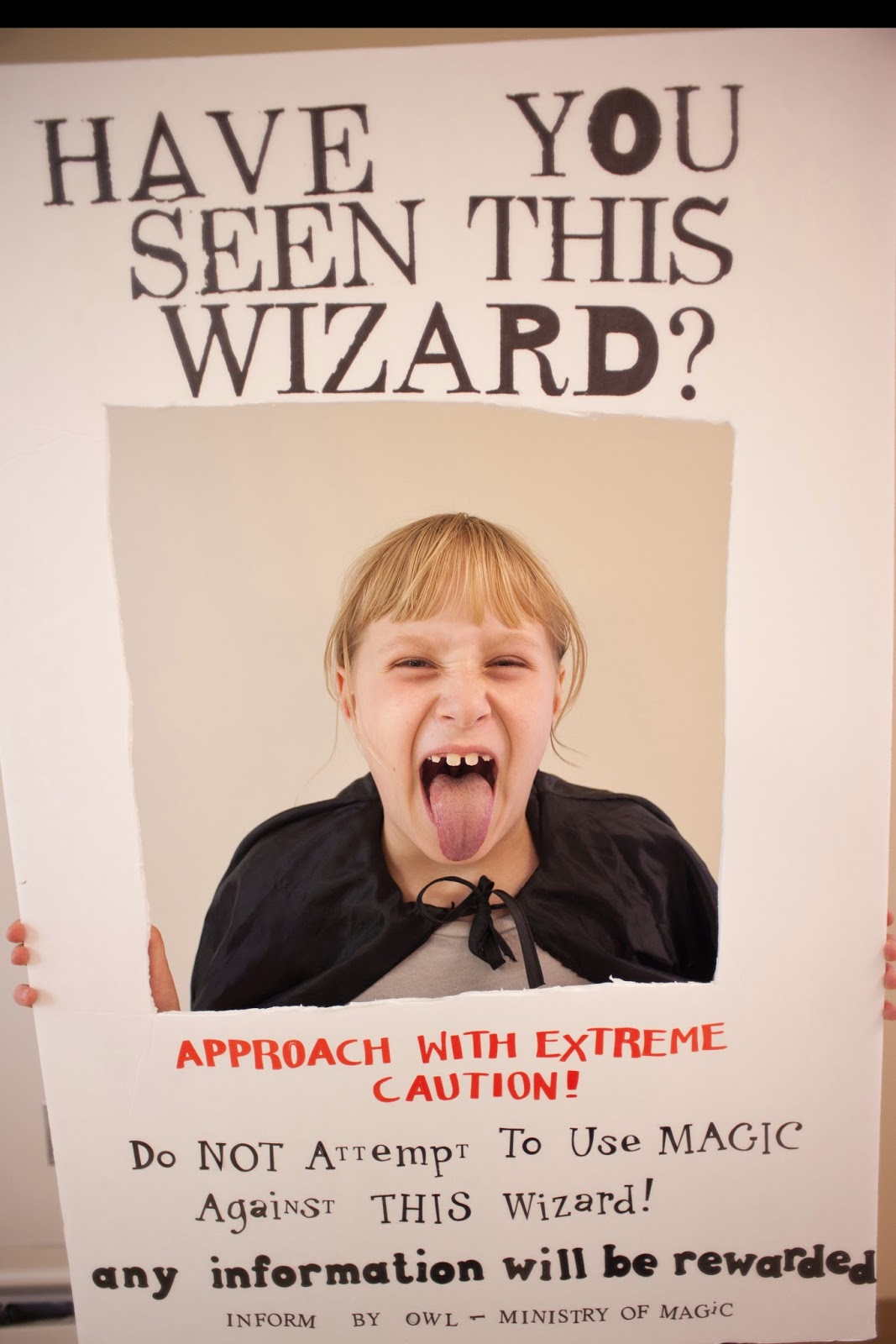 "'Wizard Wanted Poster"" Harry Potter Party Photo Booth Prop. So funny! #harrypotter #party #wizard #photobooth"
