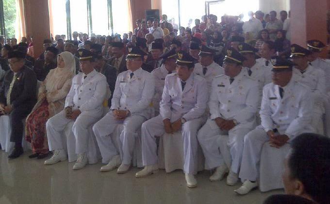 Bupati Ogan Komering Ilir Iskandar SE melantik 43 Pejabat