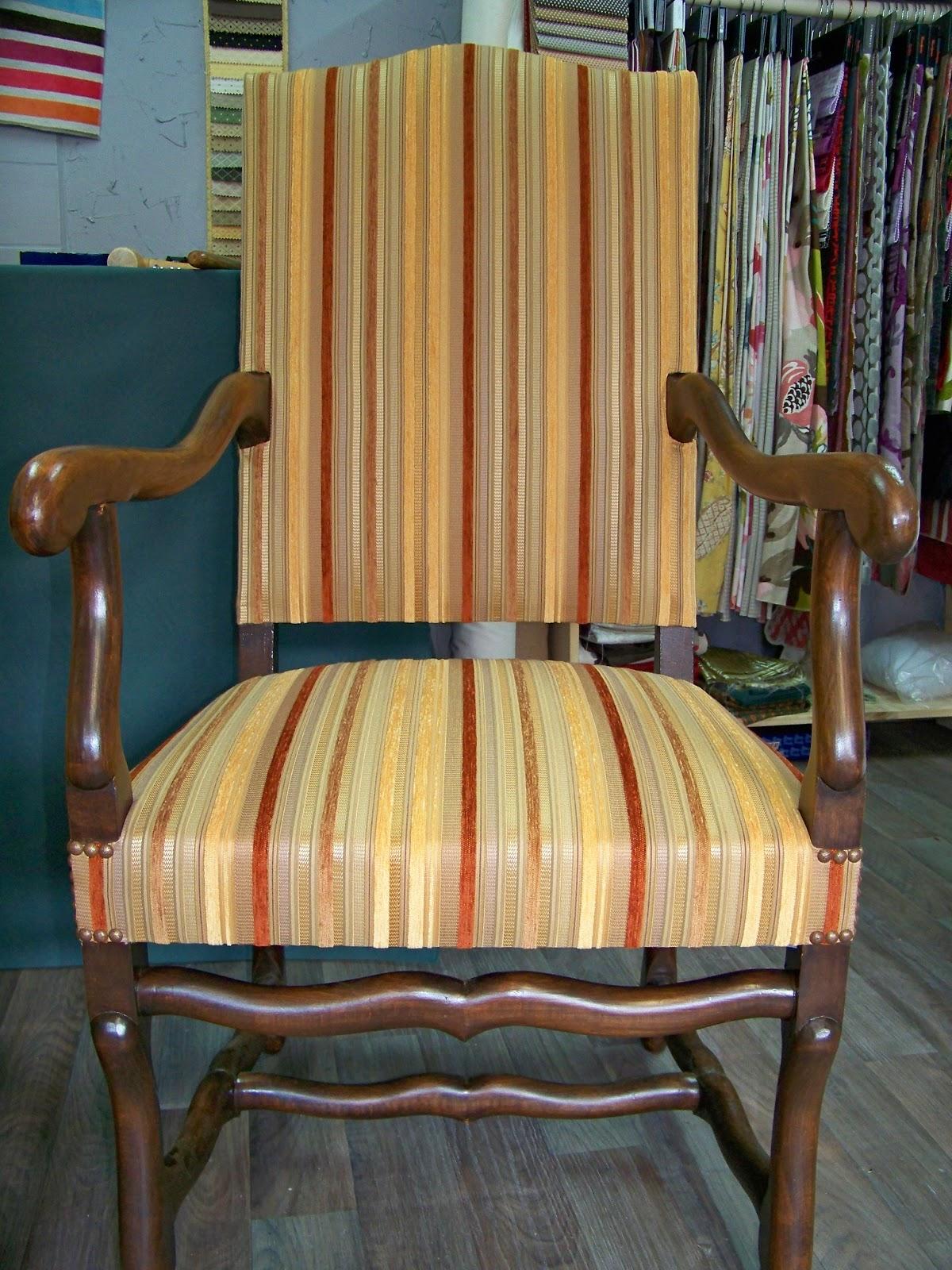 tapissier decorateur fauteuil louis xiii. Black Bedroom Furniture Sets. Home Design Ideas