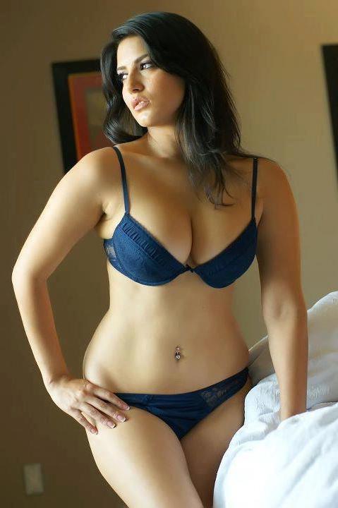 hot desi girls amp mallu s desi mallu bhabhi hot in blue