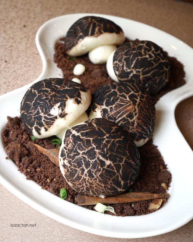 Mushroom buns, with mushroom soup inside