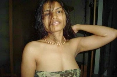 Desi chennai mnc girl self shot her stripping naked 6