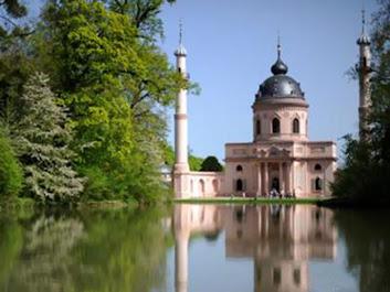 المسجد الأحمر, ألمانيا,