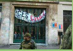 Estudiantes se toman el Ministerio de Educación en antesala de marcha