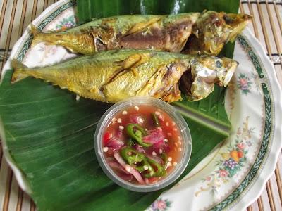 Ikan bakar dan air asam special