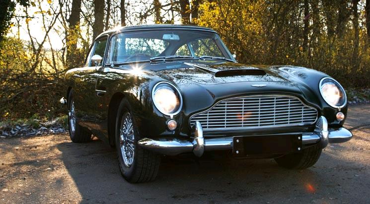 Các dòng siêu xe Aston Martin & mẫu xe Aston Martin