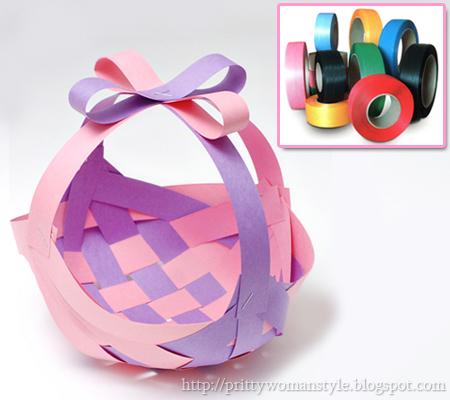Плетена кошничка от ленти за цветя