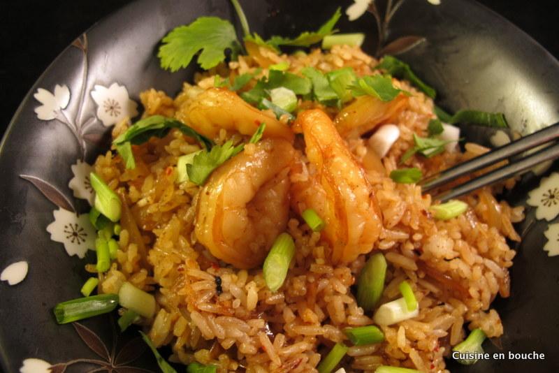 Riz frit aux crevettes et la confiture de piment le blog de cuisine en bouche - Peut on donner du riz cuit aux oiseaux ...