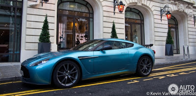 Aston Martin V12 Zagato #2 in Paris