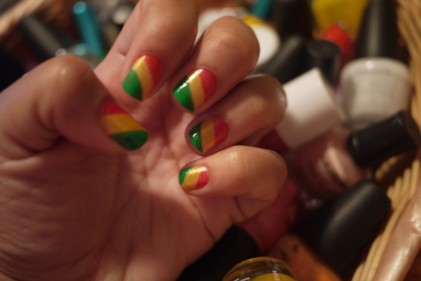 AngelaPanama.com: Rasta Nails aka Ethiopia flag