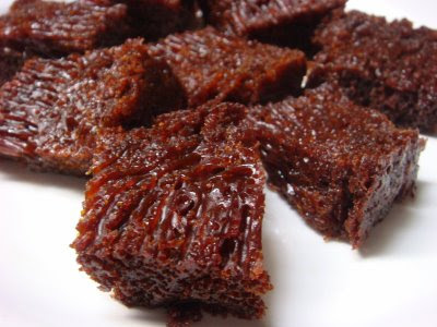 Resep Kue Bolu Karamel Sarang Semut Panggang Sederhana