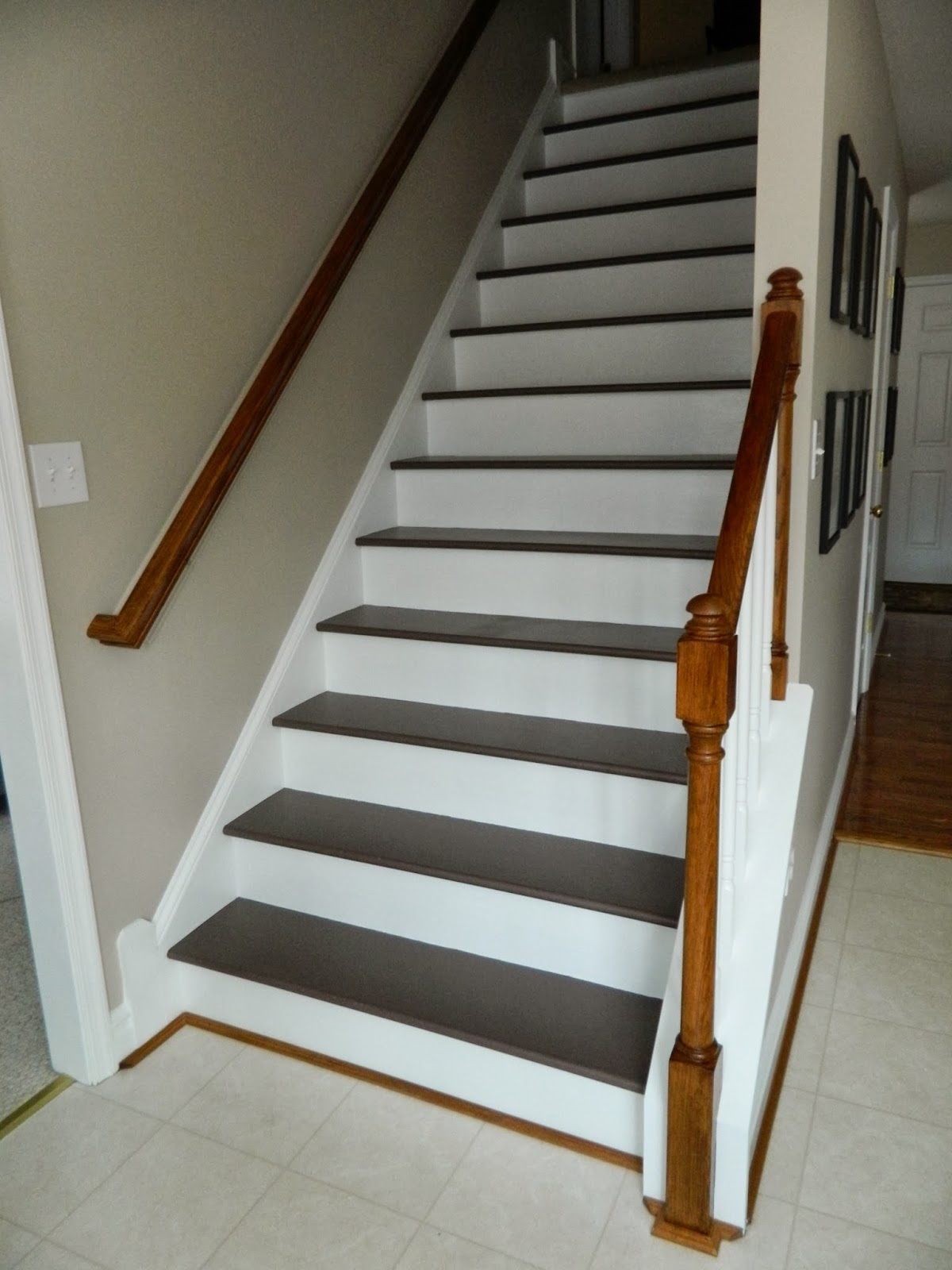 Paint those builder-grade stairs that you have under your carpet and never look back! TheChicDream