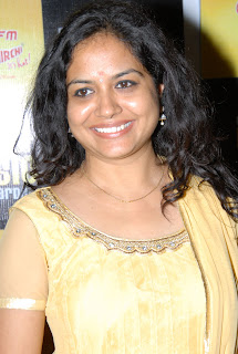 Singer Sunitha in Yellow Salwar Kameez at South Mirchi Music Award Press Meet