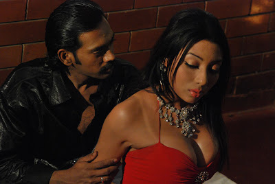 Alaral Movie Hot Spicy Stills wallpapers