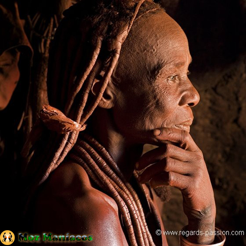 Anciã Himba