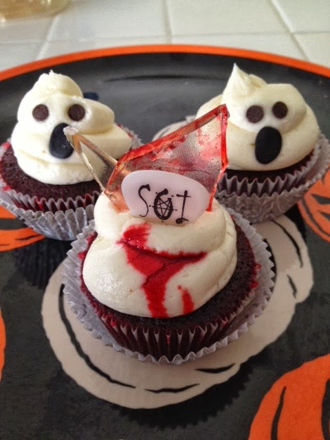 O 39 lovely o 39 yummy fun and easy halloween cupcakes for How to make halloween cupcakes from scratch