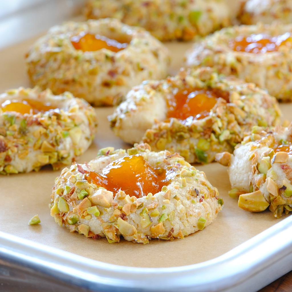 JULES FOOD...: Apricot Cardamom Thumbprints with Pistachio ...