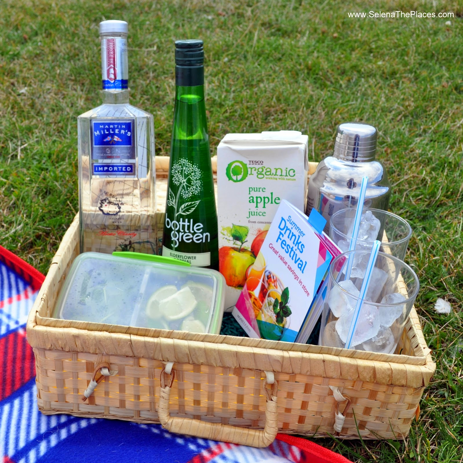 Summer Drinks Festival with World Duty Free - Gin and Elderflower