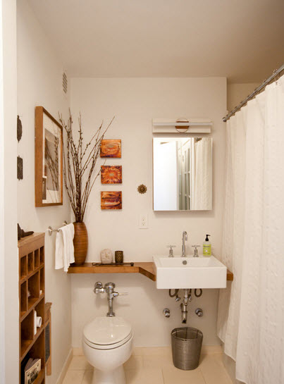 Design of bathroom taking advantage of open spaces