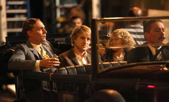 Pariste Gece Yarısı filmi, Zamanda yolculuk sahnesi, Nostaljik araba sahnesi, Scott Fitzgerald, Zelda Fitzgerald, Gil, Owen Wilson