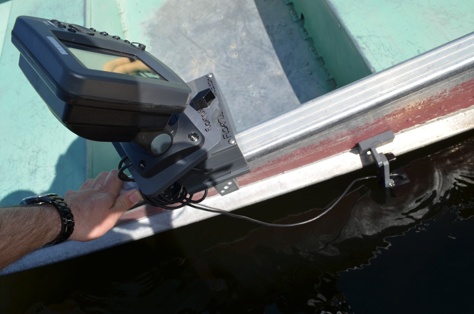 fish finder and transducer mounting solutions: the benefits of the, Fish Finder