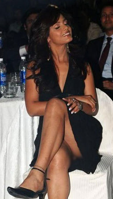 pla  bolly news celebrities most awkward moments