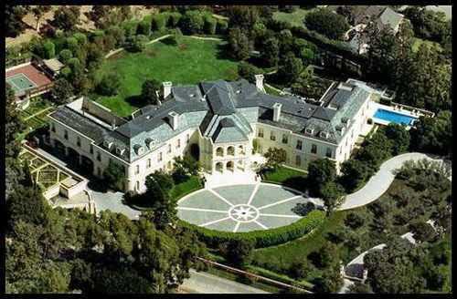 Rumah Paling Mewah di Dunia milik Agam Aaron