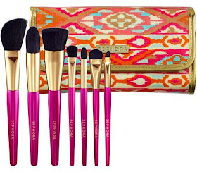 beauty crazed in canada lust worthy brush sets from