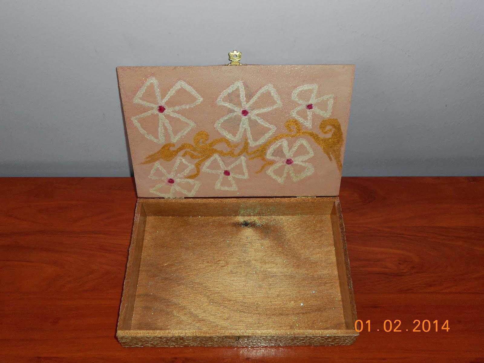 Decora con rosa caja de c scara de huevo - Caja de huevo ...