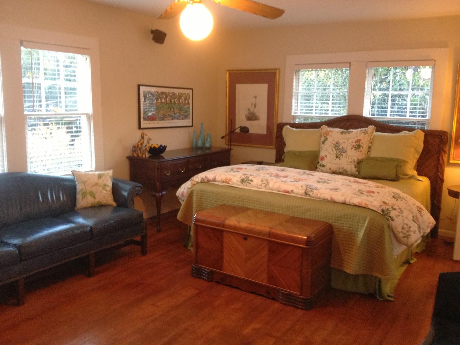 114 fels ave fairhope upstairs apartment full kitchen - Living room bedroom bathroom kitchen ...